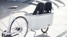 Biomega Ein je přívěs na kolo pro svezení až dvou malých dětí