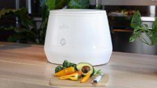 Lomi je malé domácí zařízení měnící rychle odpad z přípravy jídla na kompost