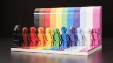 Lego vyrobilo sadu figurek Everyone is Awesome na podporu LGBTQIA+