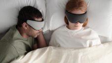 Ostrichpillow navrhli propracovanou obličejovou masku s 3D tvarem
