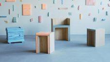 Designérka navrhla nábytek z lisovaného a barveného polystyrenu