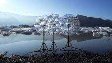 Vincent Leroy vytvořil na Islandu instalaci Lenscape upozorňující na tající ledovce