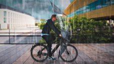 RainRider je speciálně navržený štít pro cyklisty jedoucí za deště