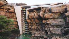 Ve skalním masivu v Kanadě by mohla vzniknout rezidence s mostem na střeše